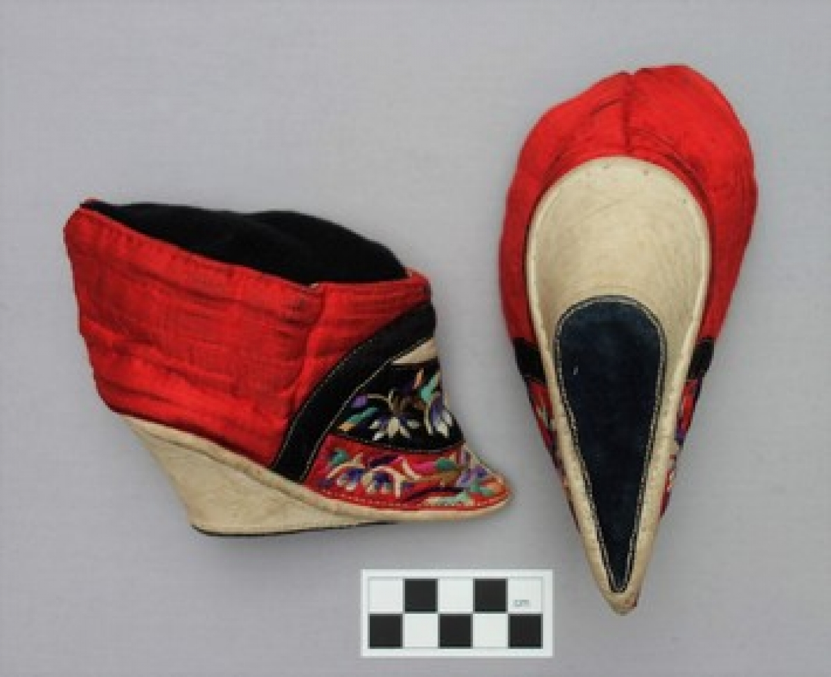 Pair of bridal lotus shoes, early 20th century.