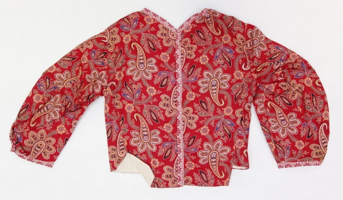 Child's jacket from Marken, The Netherlands, early 20th century, with the paisley/buteh motif.