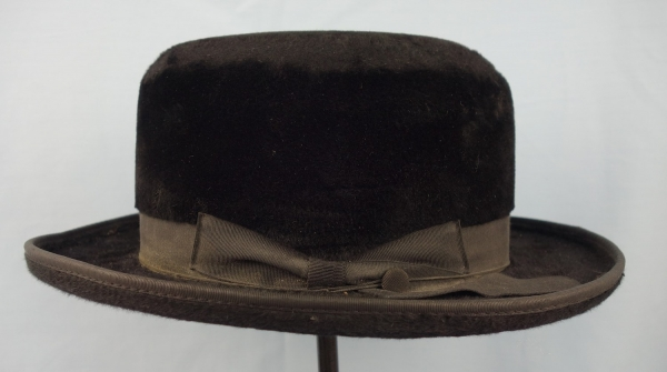 Hat for an orthodox Jew (Israel, late 20th century).