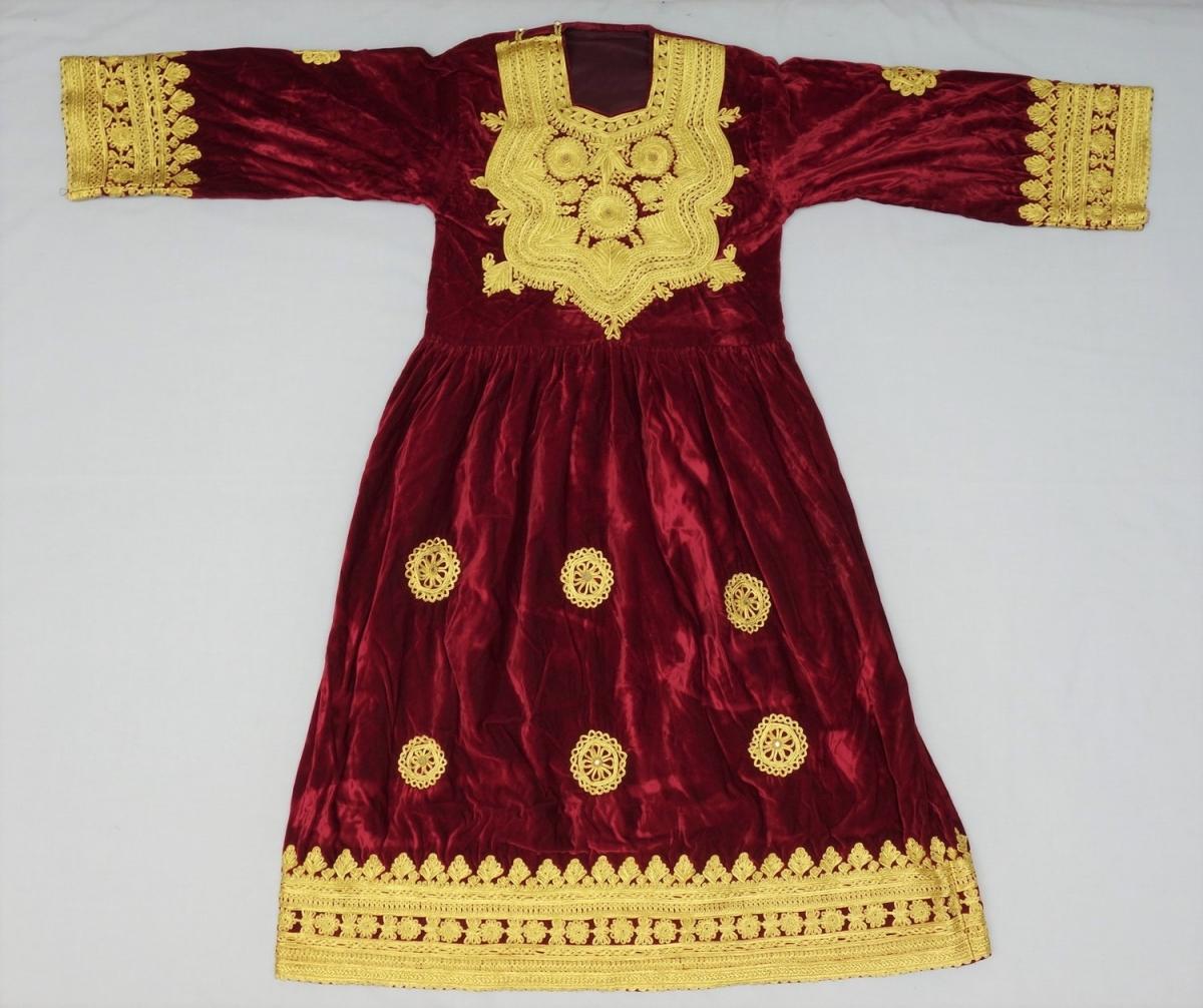 Traditional: 8. Pashtun Traditional Dress
