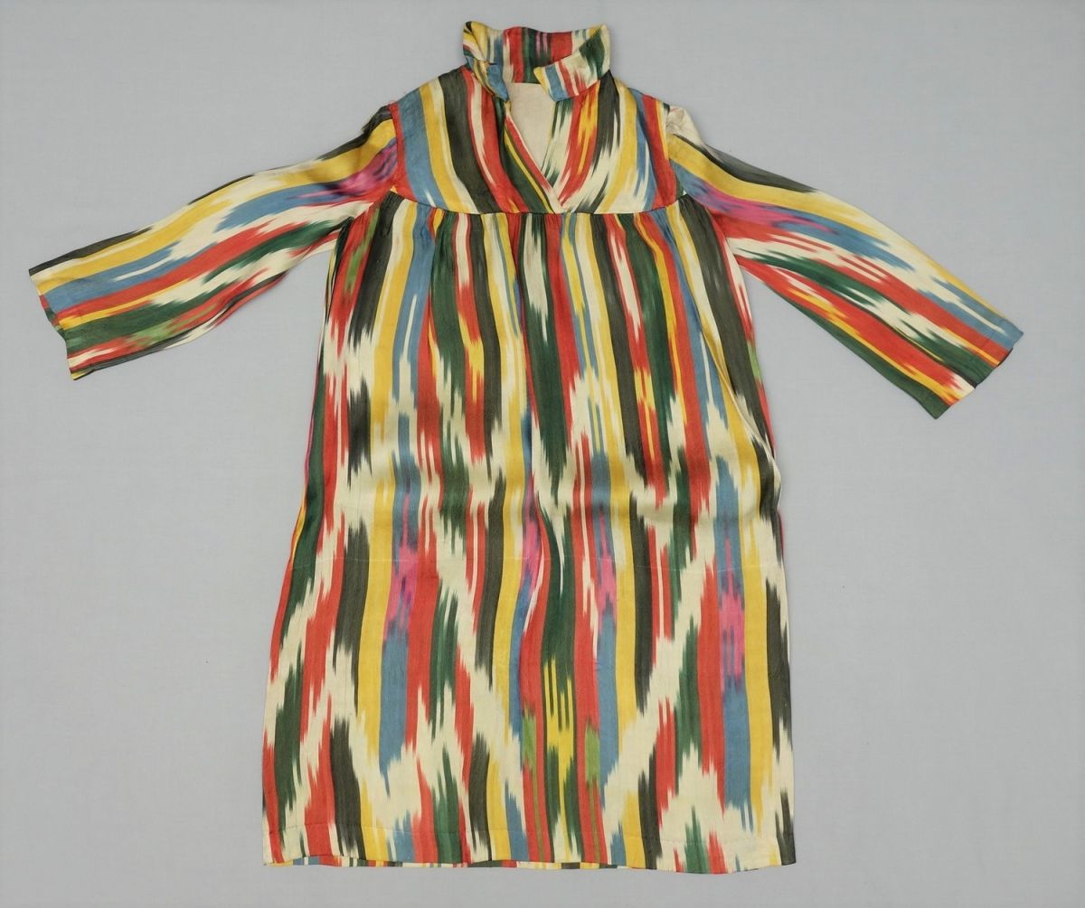 Ikat dress for a Tajik woman, late 20th century.