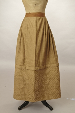Victorian linsey-woolsey petticoat.
