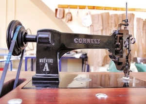 Example of a Cornely machine.