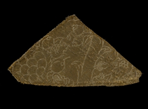 Fragment (15 x 17 cm) of Italian cloth of gold, late 15th century.