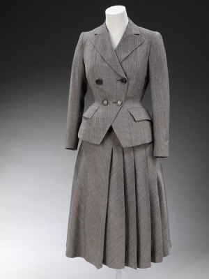 Women's suit made of worsted cloth. Britain, 1947
