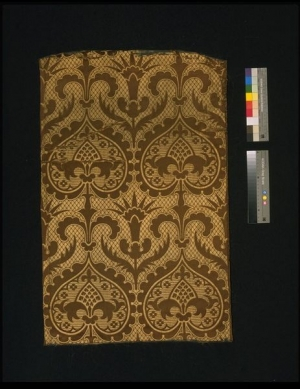 Piece of woven silk brocatelle, UK, mid-19th century.
