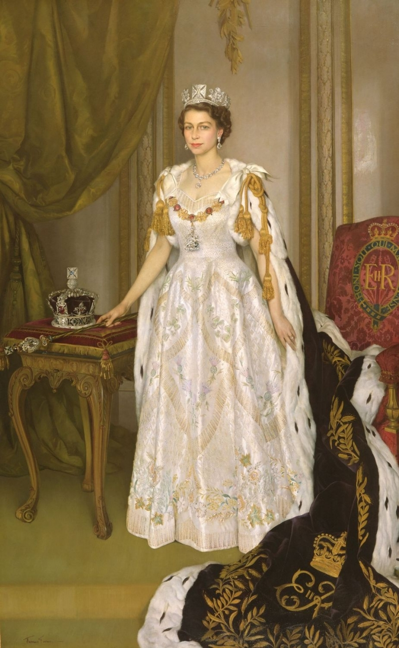 Coronation Dress of Queen Elizabeth II of BritainQueen Elizabeth Coronation Dress