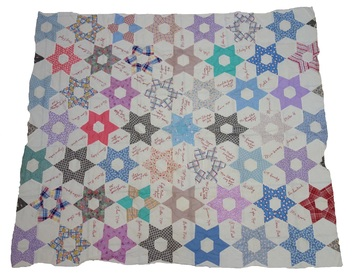 Signed autograph quilt, USA, mid-20th century (TRC 2017.3366).