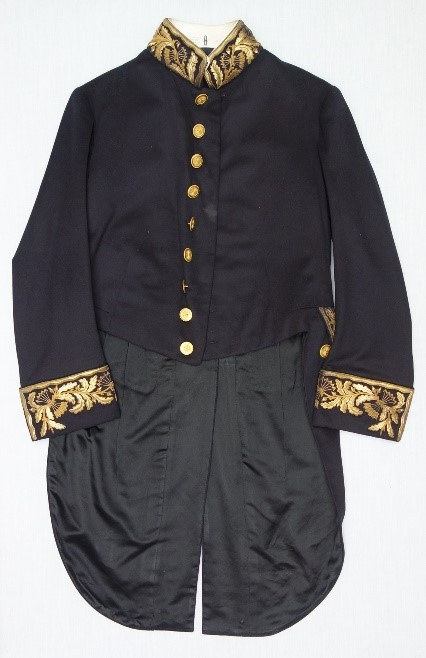 Embroidered coat of the parliamentary uniform of Laurens de Groot (TRC 2018.2133a).