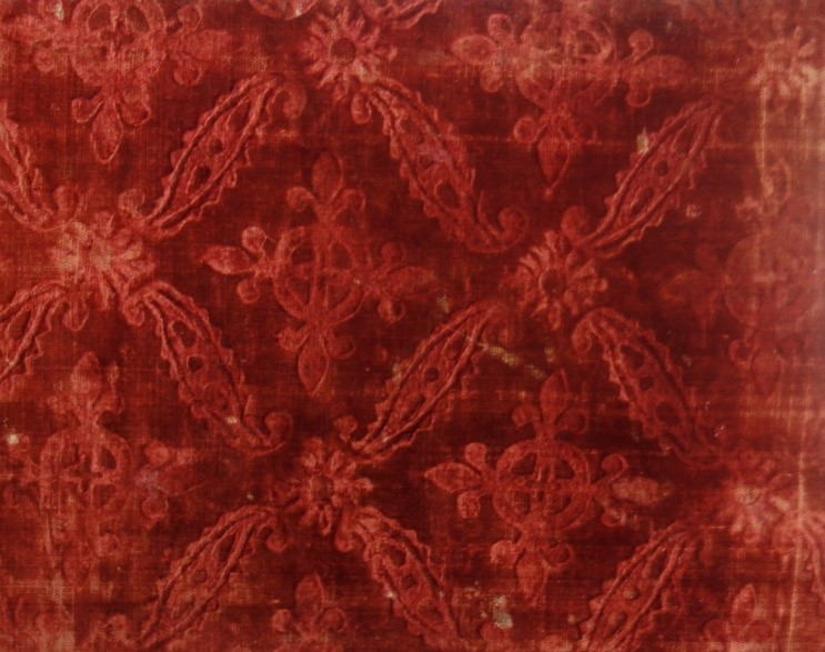 A 16th century Spanish silk velvet with stamped design (TRC 2011.0367)